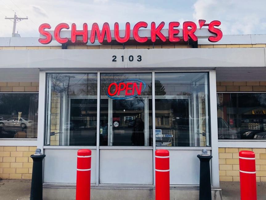 Toledo Eats: Schmucker'sRestaurant